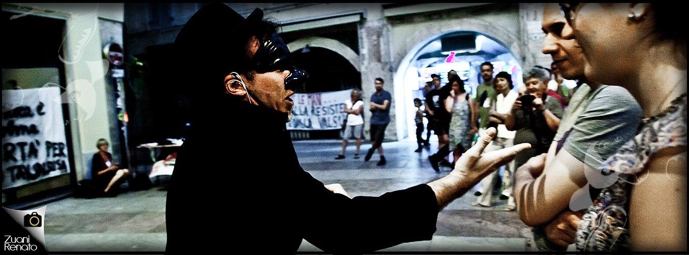 No T'avevo detto in strada. Spettacolo su TAV, grandi opere e malaffare.